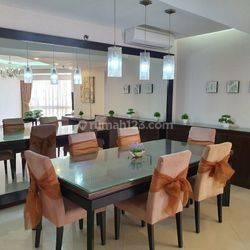 Condominium Taman Anggrek, 3+1BR, City View