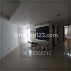 APARTEMEN GREEN CENTRAL CITY 3BR SEMIFURNISH 84m2