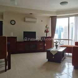 Apartemen Batavia 2 Bedroom Lantai Tinggi View Sahid Sudirman