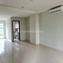 TOWN HOUSE Puri Mansion Apartemet