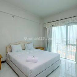 3BR Furnished Kondominium Juanda Apartment by Travelio