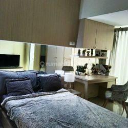 Miliki Hunian Apartemen dengan fasilitas terlengkap dan sudah fully furnished, Selangkah ke Stasiun kereta dan BSD city Tangerang