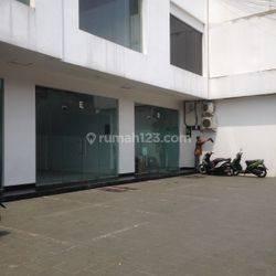 Ruko 3 lantai di Ampera raya (Blkg Electronik city)