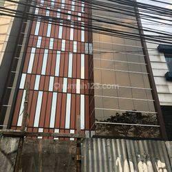 Gedung Baru 5 Lantai Pinggir Jalan Di Tebet Raya/Casablanca MP2310JL