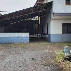 Pabrik + Gudang + Kantor 2 lantai di Jalan Raya Serang