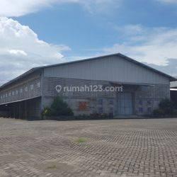 Ex Pabrik & Gudang Strategis & Murah di O Jln Besar di kab. Mojokerto