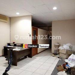 RUKO Gabung 3 Lokasi Hoek daerah Intercon Kebon Jeruk Jakarta Barat