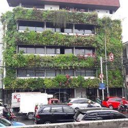 Gedung perkantoran  Hayam Wuruk Jakarta Pusat