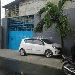 Gudang Jl Bulak Simpul , Pegadungan Kalideres Jakarta Barat  Lokasi depan lotte mart Taman Surya  tempat strategis cocok untuk usaha