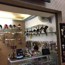 Kios Cantik dan Murah Di Pasar modern Bintaro