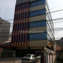 Gedung Baru 5 Lt MURAH BANGET di CIkini, Jakarta Pusat