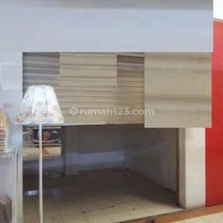 Kios Pasar Modern Bintaro Jaya Sektor 7 Lokasi Ramai Parkir Luas