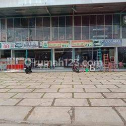Dijual Ruang Usaha cocok untuk Resto,caffe, Showroom dll di Cirendeu Raya Ciputat