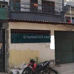 Ruko 3 Lantai di Jl.Jembatan Gambang, Bandengan