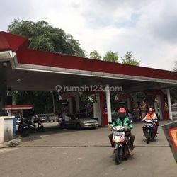 Beli tanah bonus pom bensin di Kebayoran lama Jakarta selatan