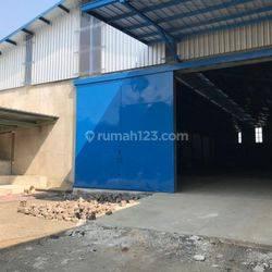 Gudang Baru  siap pakai di terusan Holis Cibolerang dekat pintu toll Pasir Koja
