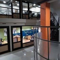 Gedung Kantor di Kedoya, Kebon Jeruk! Dekat Metro TV! Turun Harga!