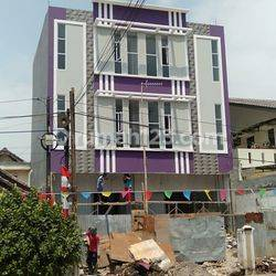 Ruko di Jakarta Utara, Cilincing, Sukapura, Kelapa Gading - JL. GADING GRIYA LESTARI RAYA -  (Dekat pintu gerbang Gading Griya Residence dan pintu gerbang Gading Griya Lestari) -- Ukuran 5x24 Meter, 3 Lantai. 100% Baru, BRAND NEW, Siapa Cepat Dapat!