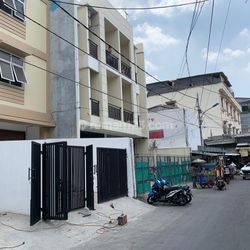 Ruko Jl Jelambar Selatan 6, Grogol Petamburan, Jakarta Barat