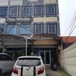 Ruko 3,5 Lantai, Siap Pakai, Bersih & Terawat di Jl Tebet Raya Hub: 0813-1838-1838