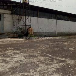 EX Pabrik dekat tol M Toha