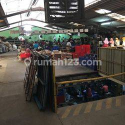 Gudang atau Pabrik di Kapuk Kamal Raya