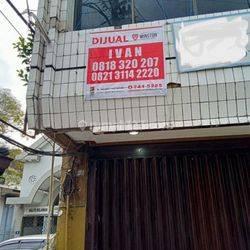 Ruko Strategis Pusat Kota Jl. Kayoon Kondisi Terawat