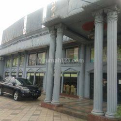 Tempat usaha ijin komersil lokasi strategis cocok untuk usaha toserba Jl. Ciputat Raya Pondok Pinang Kebayoran Lama Jakarta Selatan