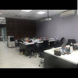 Office Siap Pakai The Boulevard Tanah Abang, Jakarta Pusat Baru Renov