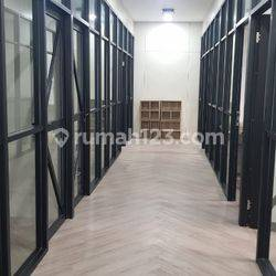 Private Office Space At Pluit