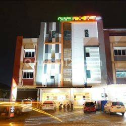 Hotel Cantik dan Nyaman di Jalan Husein Sastranegara, Rawabokor, Cengkareng, Jakarta Barat
