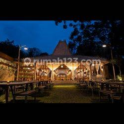Romantic resto/venue with city and mountain views!