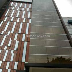 Gedung 5 1/2 lantai @ Jl. KH Abdullah Syafei