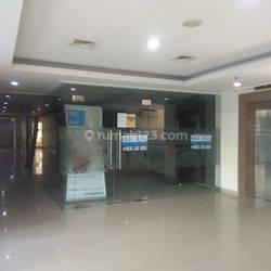 Ex-Kantor Bank di Apartemen Maple Park Sunter, Jakarta Utara