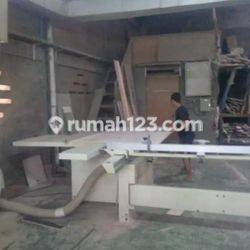 Pabrik Furniture Plus Mesin, LT: 800m2/ LB : 720m2, SHM, Harga : 8M Nego, Komplek Kav DPR, Cipondoh, Tangerang