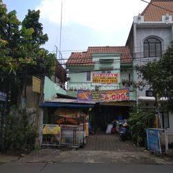 Ruko murah di Padasuka Bandung dekat Saung angklung Udjo