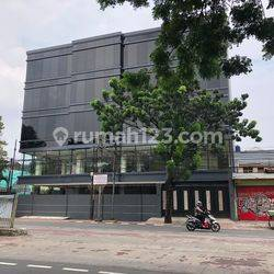 Gedung Brand New Jalan Sultan Agung Raya No 29, Setiabudi, Jakarta Selatan