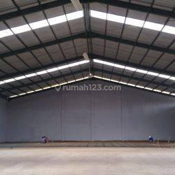 Pabrik folding bisa untuk dijadikan gudang lt 5600 m², lm 30 m.