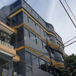 Hotel Budget Izin Komplit Daerah Roxy Cocok untuk Investor