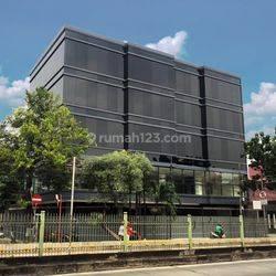 Gedung baru 5,5 Lantai di Jl. Sultan Agung - Setiabudi - Jakarta Selatan