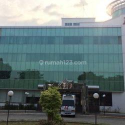 Gedung 5 lantai  di Menteng Dalam Tebet Jakarta Selatan Lokasi Strategis