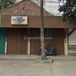 Ruang Usaha di Jl Lengkong Bandung Hitung Tanah Saja