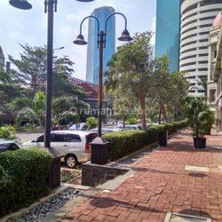 Ruko 4 lantai Garden Shoping Arcade area Central Park Podomoro City
