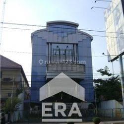 Gedung Perkantoran SHM Jl. Pemuda Semarang