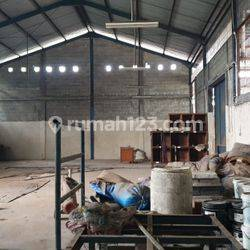 Pabrik / gudang di cukang Galih curug Tangerang