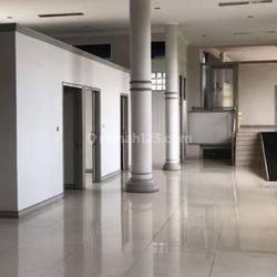 Ruang Usaha Cocok Untuk Kantor, Bank, Klinik di Jalan Garuda Bandung