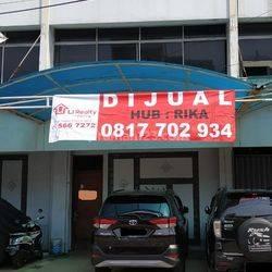 5 Ruko Gandeng di Roxy, Jakarta Pusat.