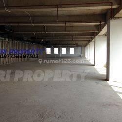 Ruang Kantor Plaza Oleos 1/2 Lantai 1118 m2 26 Juta per m2 termasuk PPN 10 % TB Simatupang Pasar Minggu Jakarta Selatan