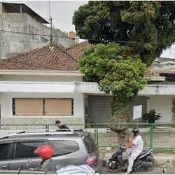 Strategis! ! Rumah/Ruang Usaha di Jl Sunda Bandung
