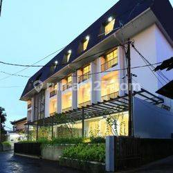 For sale gedung service apartment area TB Simatupang